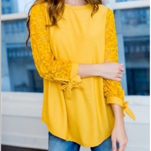 CUTEST TOP‼️ Mustard bubble & bow detailed blouse